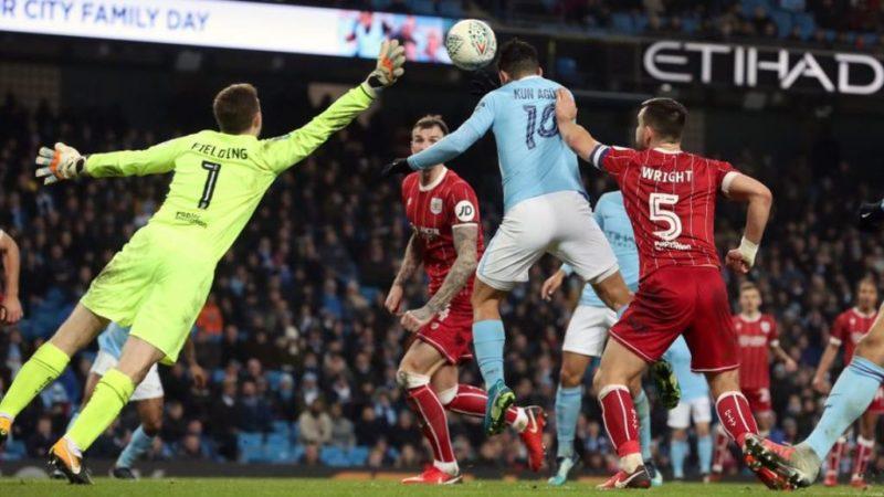 Sergio Aguero scores Manchester City's late winner
