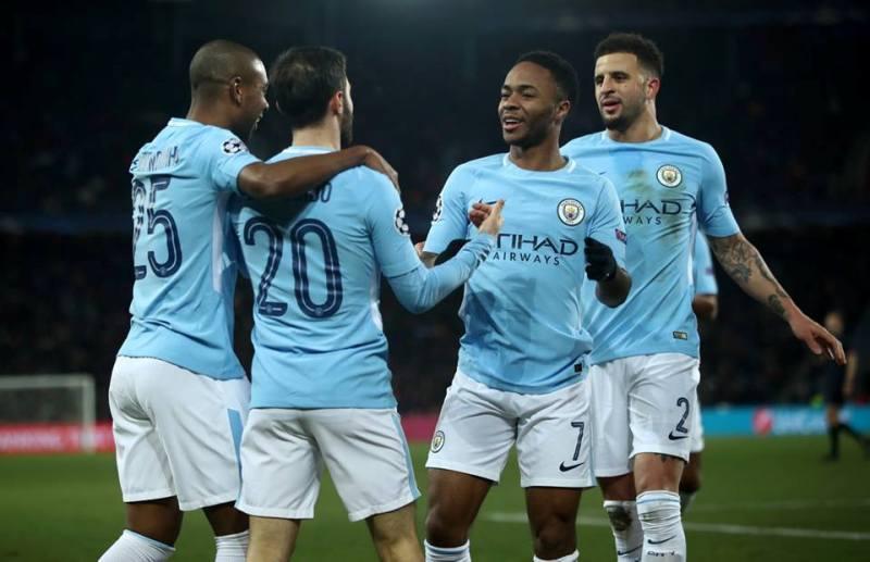 Bernardo Silva celebrates with his teammates