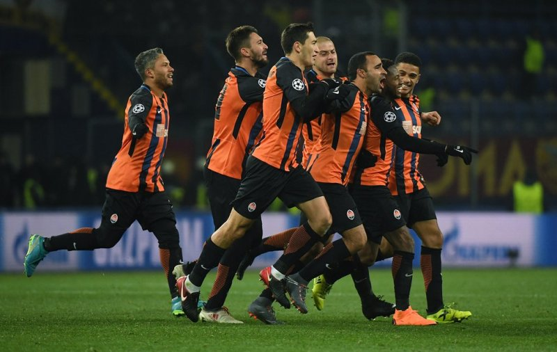 Shakhtar Donetsk celebrating their victory over AS Roma