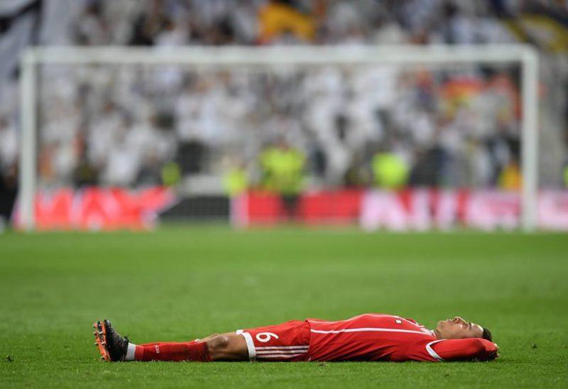 Thiago Alcantara lying in disbelief