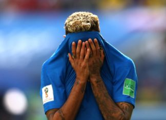 Emotionally filled Neymar breaks in tears after Brazil's 2-0 victory over Costa Rica