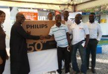 Kusi Boateng receiving his Panasonic LED TV