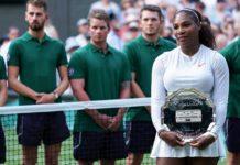 Serena Williams pose for the cameras