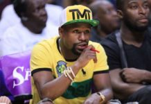 Floyd Mayweather Jr. attends the New York Liberty vs the Los Angeles Sparks WNBA basketball game