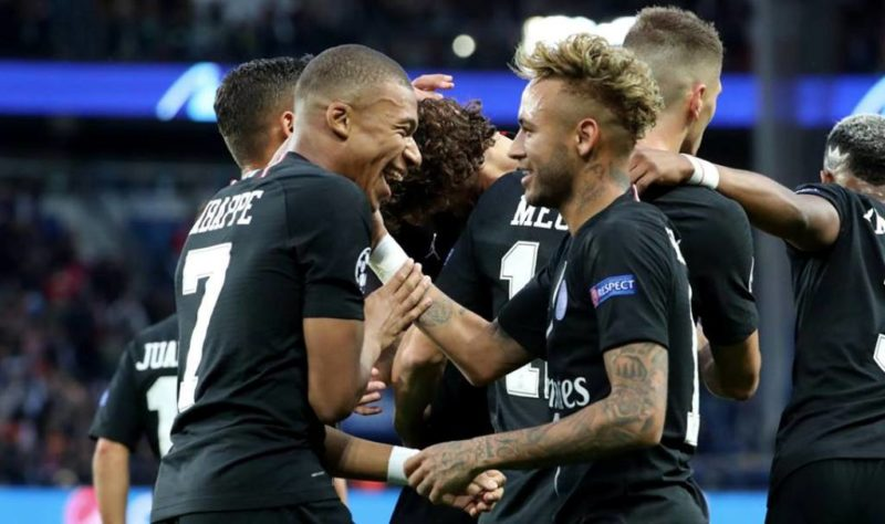 Mbappe congratulates Neymar