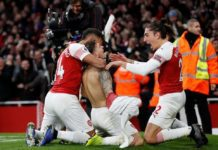 Lucas Torreira celebrates scoring their fourth goal