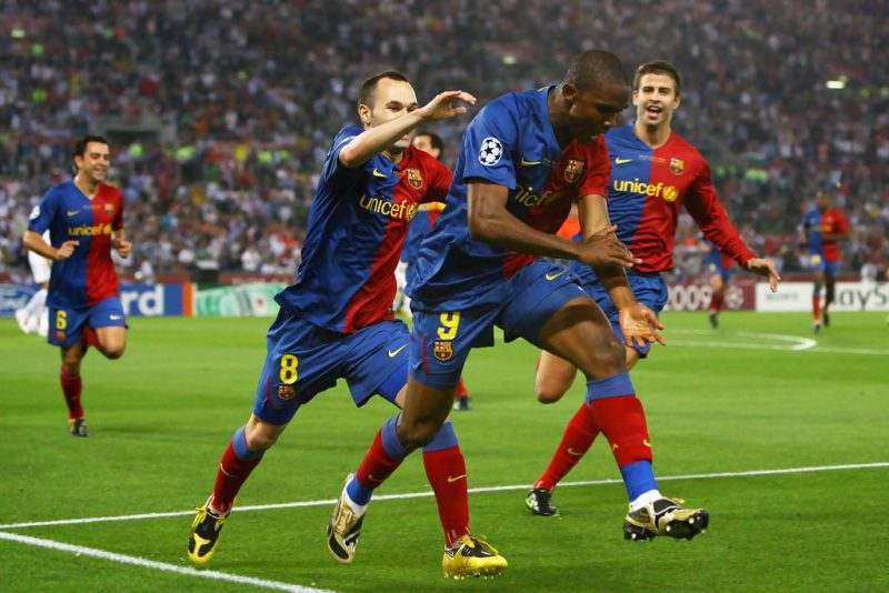 Samuel Eto'o infamously celebrates his goal in the 2009 UEFA Champions League Final